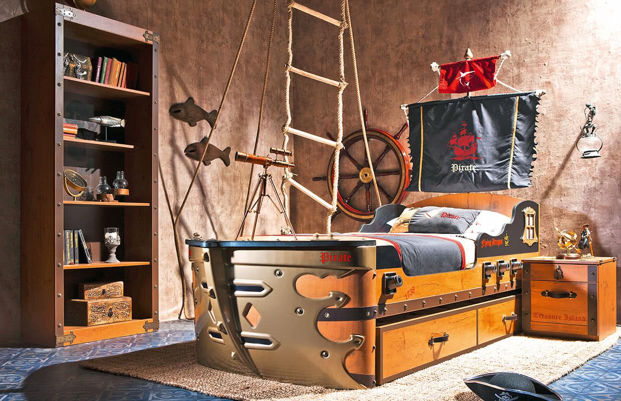 Letto A Forma Di Nave Pirata : Scrivania a forma di squalo black pirate annunci