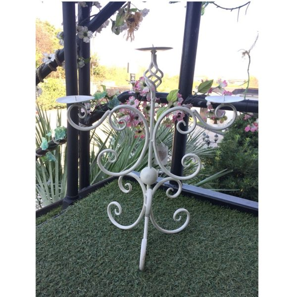 L'arte di Nacchi - Candeliere da tavolo in linea shabby